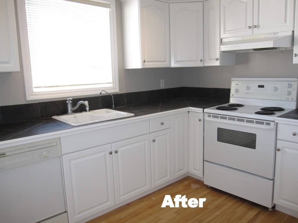 Kitchen Cabinet Painting in Calgary | Cabinet Refinishing